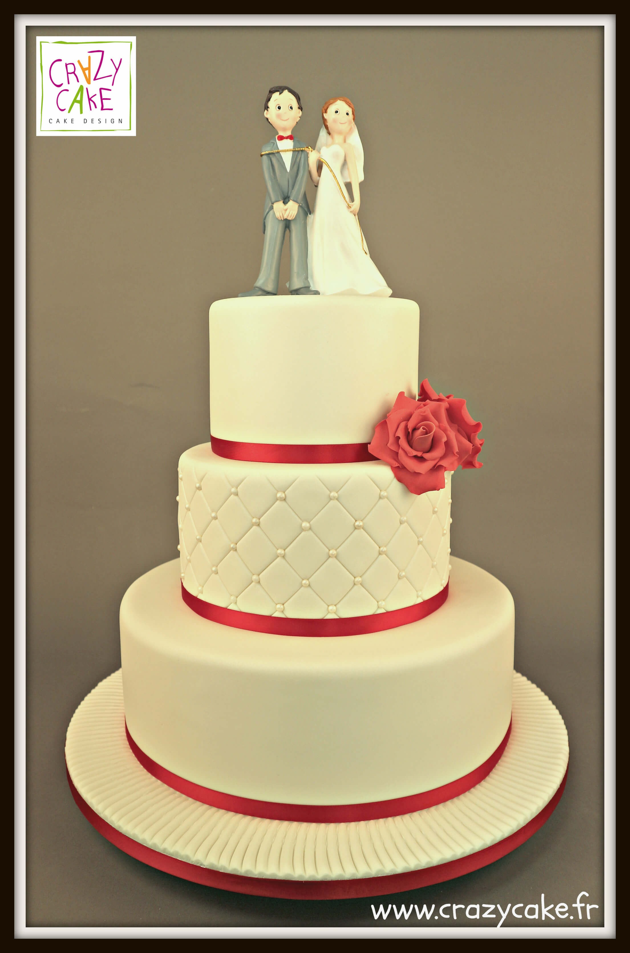 "Wedding Cake ""Rouge Chic"""
