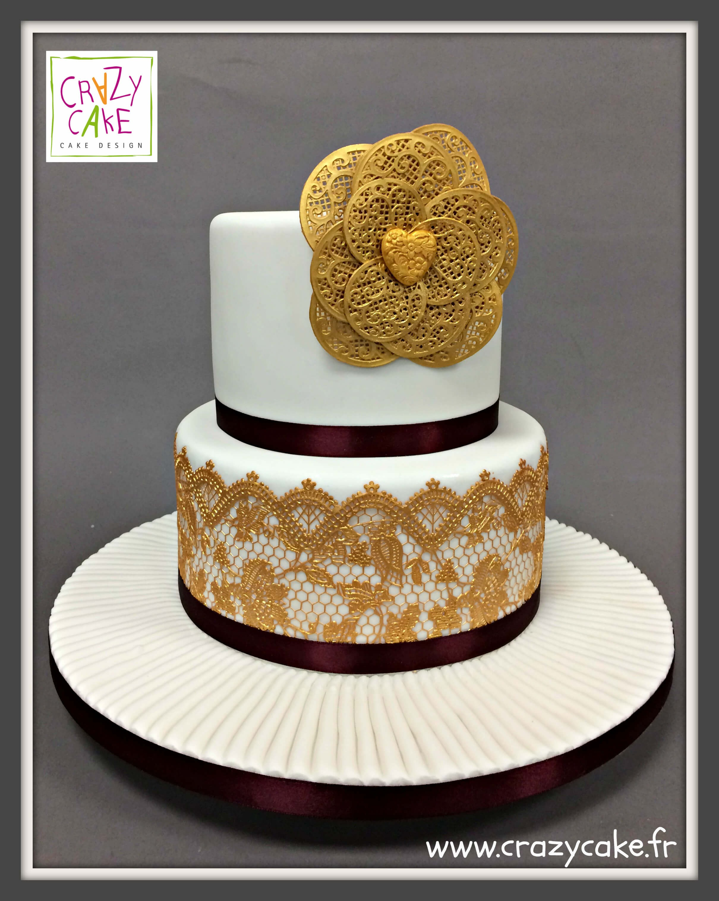 "Wedding Cake ""Golden Glory"""