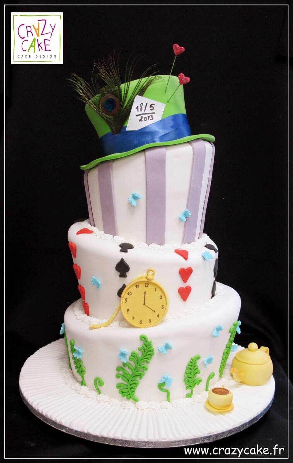 "Wedding Cake ""Alice in Wonderland"""